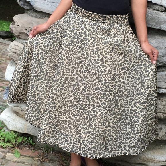 Vintage Dresses & Skirts - Vintage Flirty & Floral A-Line Full Skirt